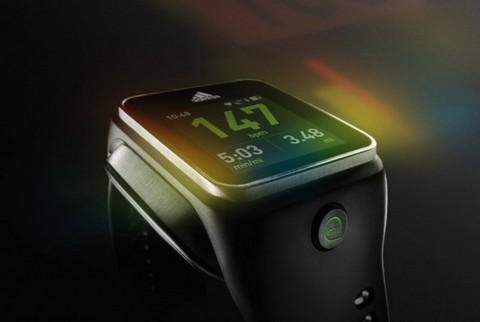 Adidas представила часы на базе ОС Android