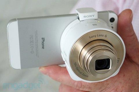 Sony выпустит фотоприставку для смартфонов