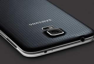 Samsung обещает разобраться в камерой Galaxy S5