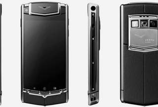 Nokia выпустил Android-смартфон Vertu люкс-класса